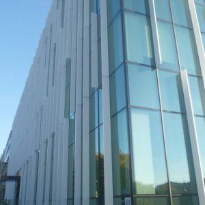 Zdjęcie fasady aluminiowo-szklanej - biurowiec G8
