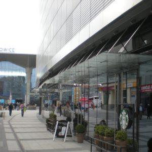 Zdjęcie Galerii Katowice - widok fasad i daszków szklanych
